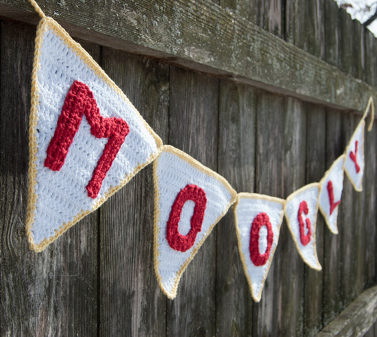 Perfect Party Pennant Garlands - free #crochet pattern