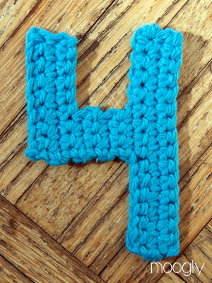 Crochet Stitches On Moogly : The Moogly Crochet Numbers - free patterns for 0-9! #crochet
