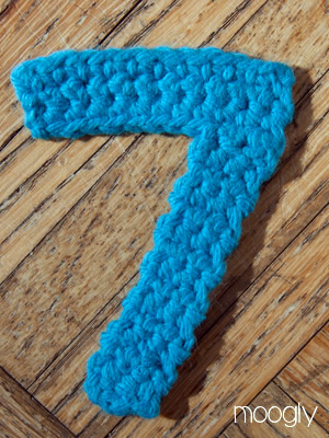Crocheting Numbers : The Moogly Crochet Numbers - free patterns for 0-9! #crochet