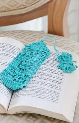 Bookmark for Mom - great free crochet pattern for Mother's Day!