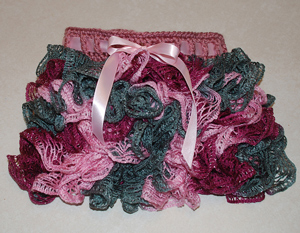 Child Sashay Ruffle Skirt - ruffle yarns can make more than the twirly scarves! Free pattern!