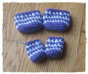 Crochet Chair Socks- less than 10 yards of yarn to crochet it!