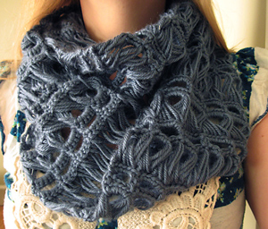 Infinity and Beyond Broomstick Lace Infinity Scarf - free pattern featuring Broomstick Lace Crochet!