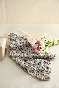 Mother of the Bride Shawl - great free crochet pattern for Mother's Day!