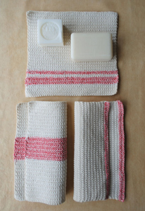 Mother's Day Washcloths - great free crochet pattern for Mother's Day!