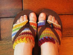 c5f3ee9aa2e4e4 Rainbow Flip Flop Socklettes - flip flips free crochet patterns