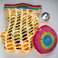 Rainbow Pocket Market Bag - folds up to go anywhere! Free crochet pattern on Moogly