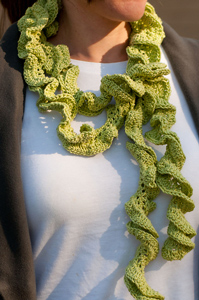 Spring Frills Scarf - Spring and Summer Scarves to Crochet!