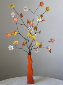 Summer Flower Branches - flower tutorial included! on Unpinning Pinterest
