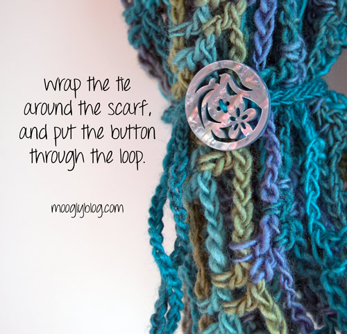How to Crochet the Button Tie for the Artfully Simple Infinity Scarf - now with a video tutorial!