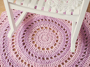 Refresh Your Floors with Crochet Rugs: 10 Free Patterns!