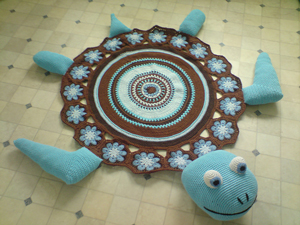 Sea Turtle Rug  - free crochet rug patterns
