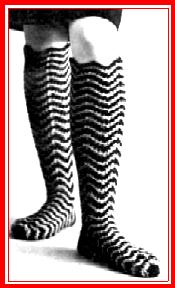 Knee Socks in Crochet - Free crochet sock pattern