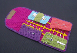 Keep Your Hooks Happy With 10 Free Crochet Hook Case Patterns