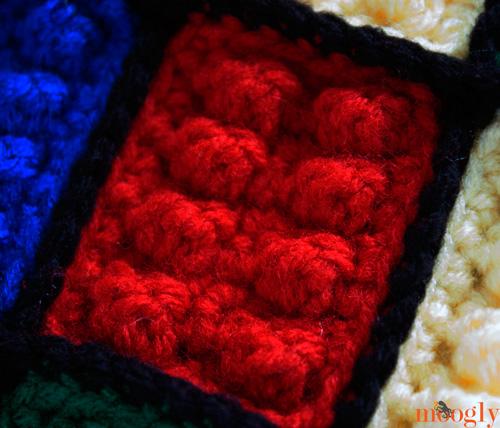 Lego Inspired Crochet Backpack - free pattern on moogly!