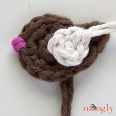 Put a Bird On It Applique - free crochet pattern