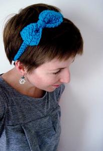 Cute Bow Headband - crochet hair accessories, free pattern!