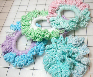 Easy Ponytail Holders - crochet hair accessories, free pattern!