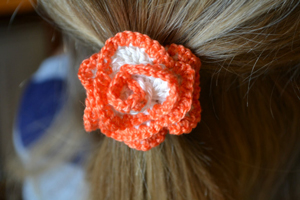 Frilly Flowery Hair Ties - crochet hair accessories, free pattern!