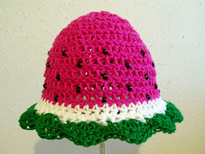 Juicy Watermelon Baby Hat - Free Watermelon Crochet Patterns! Roundup on Moogly