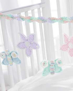 Baby's Crib Mobile - Free Crochet Mobile Pattern