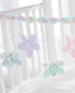 Baby's Crib Mobile - Free Crochet Mobile Pattern