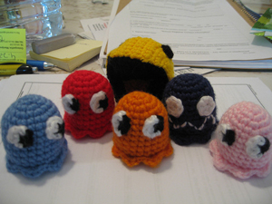 Pac-man Ghosts - free crochet video game amigurumi patterns