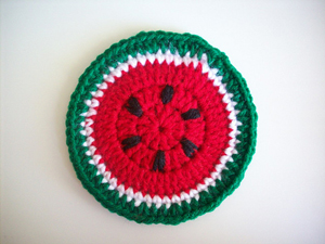 Slice of Summer Coaster - Free Watermelon Crochet Patterns! Roundup on Moogly