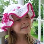 Child Size Sun Hat Crochet Pattern by Corina of Stitch11! Guest post on Moogly