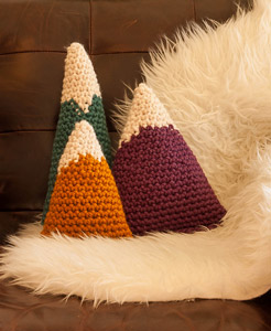 Bulky Mountains Crochet Pillow Pattern