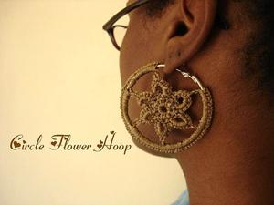 Circle Flower Hoops :: Free Crochet Thread Earrings Roundup on Moogly