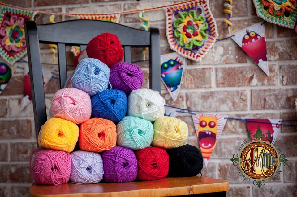 Design Wars 4 - read all about this amazing crochet contest! Vote and enter to win the giveaways - so much fun!