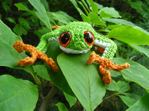 Roman Sock Tree Frog :: Free Crochet Frog Patterns! Hop to it!