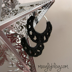 Timeless Crochet Earrings - free pattern on Moogly!