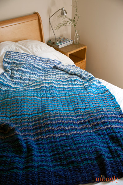 Vintage Wobble Afghan :: free #crochet pattern on moogly