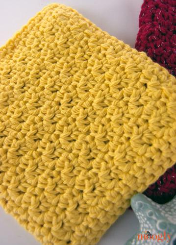 Free #Crochet Pattern :: Pampering Picots Bath Mitt