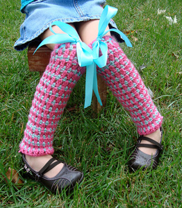 Cluster and Stripe Legwarmers:: Free #crochet leg warmers patterns for kids!