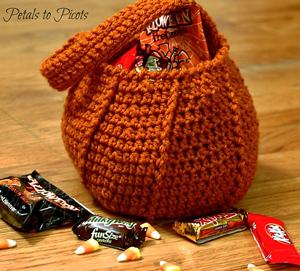 Crochet Pumpkin Pattern: Halloween Pumpkin Treat Bag