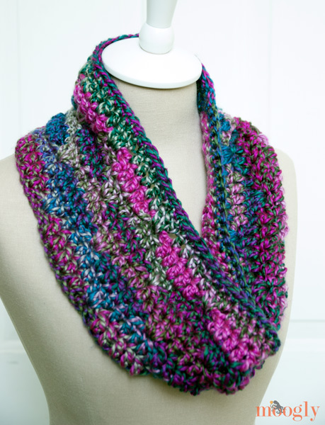 Crochet Stitches On Moogly : 10 Free Cowl and Infinity Scarf #Crochet Patterns on Moogly!