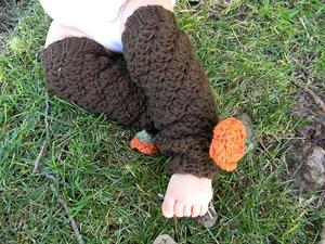 Mermaid Legwarmers:: Free #crochet leg warmers patterns for kids!