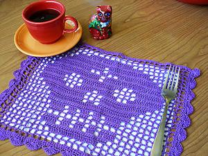 Papel Picado Filet Crochet Skull :: Roundup of free #crochet #skull patterns on Moogly!