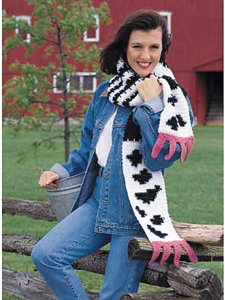 Udderly Silly Scarf :: Part of 10 Free Crochet Animal Scarf Patterns!