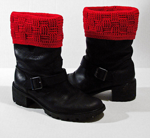 Basketweave Boot Covers :: free #crochet boot cuff patterns