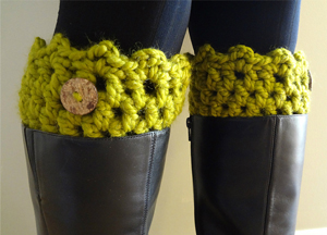 Friendship Boot Cuffs :: free #crochet boot cuff patterns