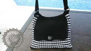Houndstooth Tote ::Free Houndstooth Crochet Patterns!