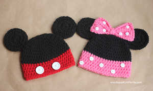 Mickey and Minnie Crochet Hats :: Free #Crochet Halloween Costumes for Babies!