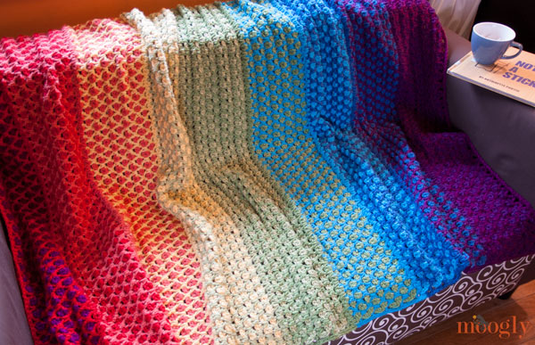 how to change wool colors at a rows end