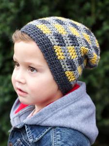 Plaid Slouchy Beanie :: free plaid crochet pattern!