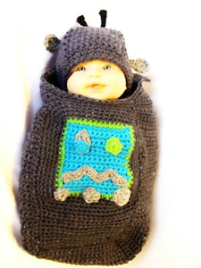 Robot Baby :: Free #Crochet Halloween Costumes for Babies!