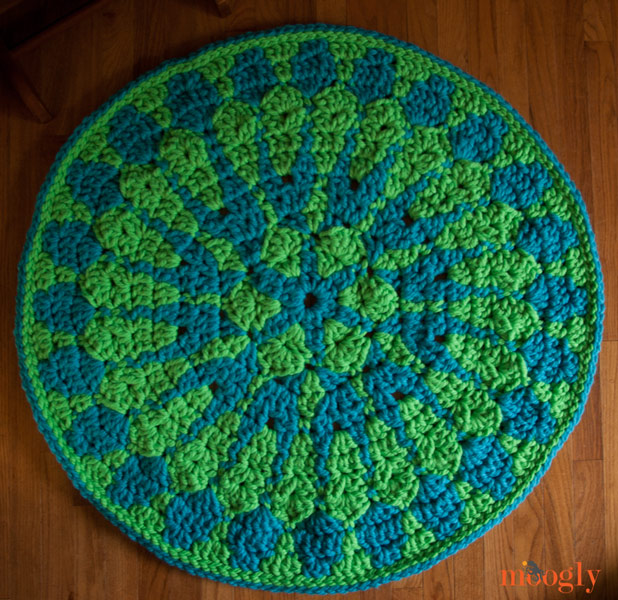 Free Crochet Pattern Shocking Mandala Rug